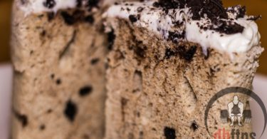 Cookies & Cream Protein Mug Cake Recipe